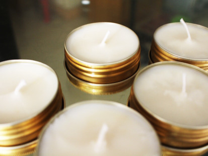 DIY: Sweet Raspberry Organic Soy Candles