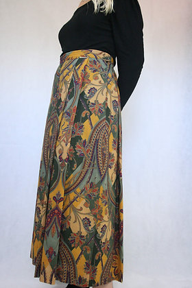 Yellow patterned skirt from Greiger