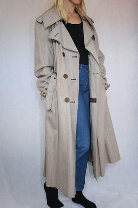 Beige trench coat, size L