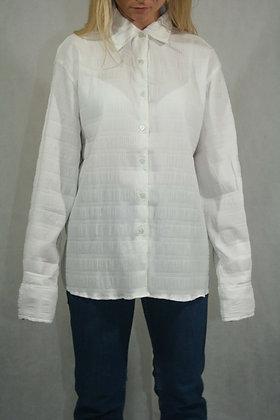 White shirt size XL