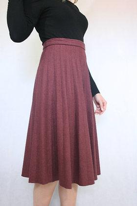 Dark red pleated skirt size XS