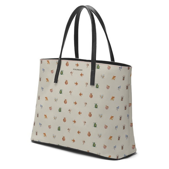 """Art on a Bag, """"Cheeky heroines and sweet guys"""", real nappa leather, 2 sizes"""