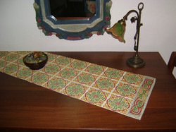 Carina-embroidery (Ω39)
