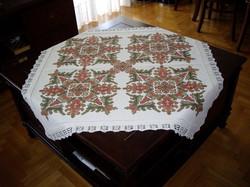 Carina-embroidery (Ω34)