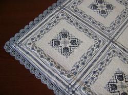 Carina-embroidery (Ω52)