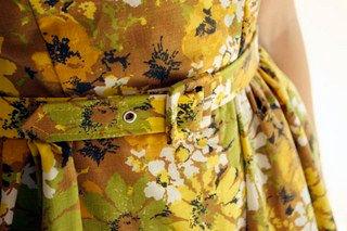 Carina, ντύσιμο κουμπιών, ντύσιμο ζώνης