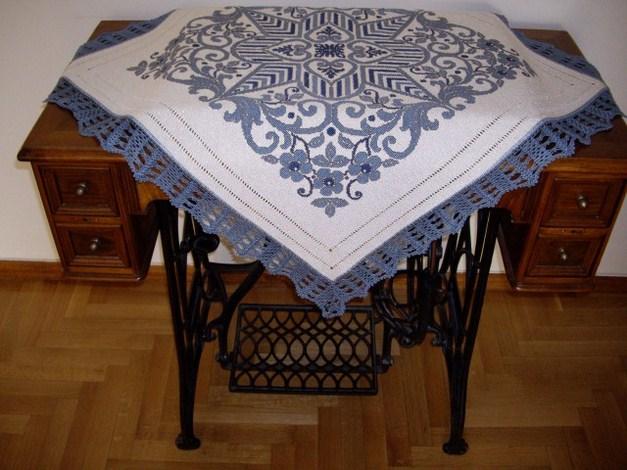 Carina-embroidery (40)