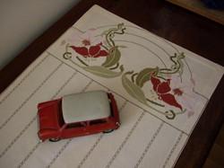 Carina-embroidery (Ω2)