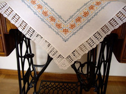 Carina-embroidery (Ω4)