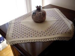 Carina-embroidery (Ω49)