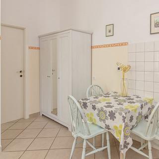 Apartma 2