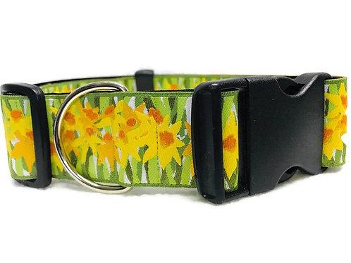 """Daisys on Green"" | 1 1/2"" Wide Dog Collar"