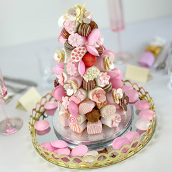 Pink Cake Table Centre phot
