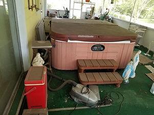 We remove hot tubs in orlando Florida, sanford florida and winter park florida