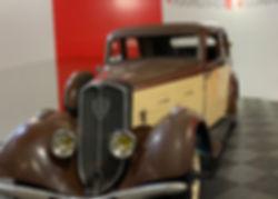 Peugeot 301 profil gauche.jpeg