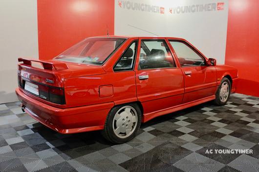 R21 Turbo Quadra profil arierre droit.jp
