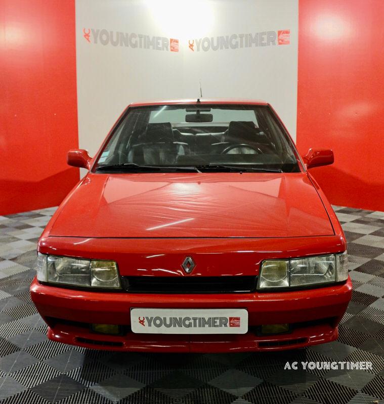 R21 Turbo Quadra 16 900€