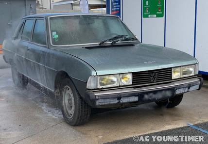 Peugeot 604 V6 phase 1.jpeg