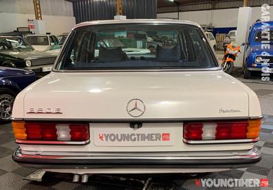 Mercedes 280 E23 07.11.11.jpeg