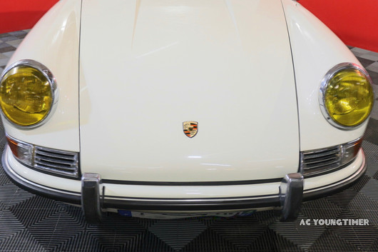 Porsche_911_L__face_avant_conte_rplongé