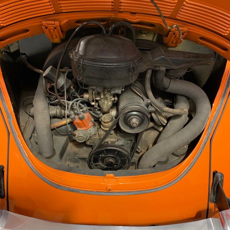 VW Cox cabriolet moteur.jpeg