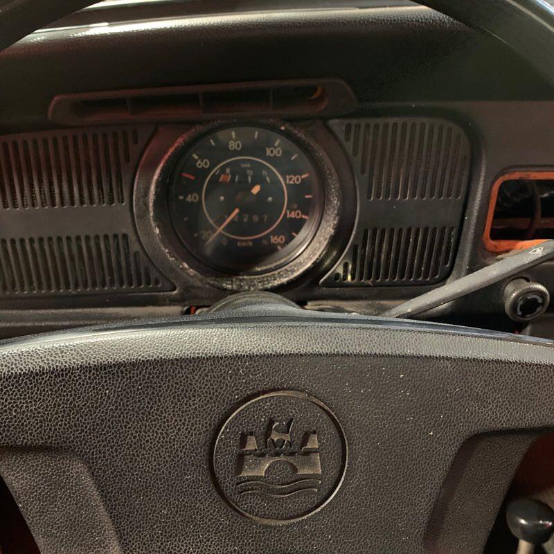 VW Cox cabriolet compteur.jpeg