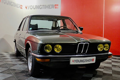 BMW 518 profil avant droit