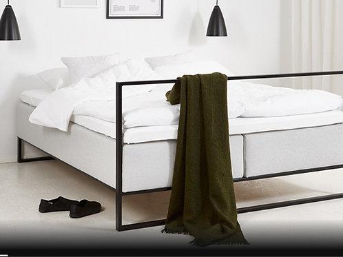 PETI sänky, runko + patja