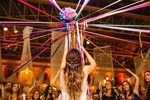 Ramo de novia con 30 cintas