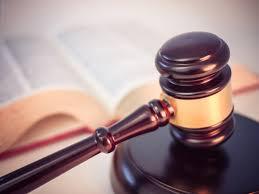 Moet de advocaat van Gökman T. alles van hem accepteren?
