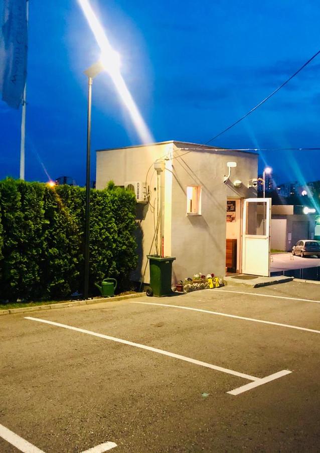 all_in_one_solar_street_LED_light.jpg