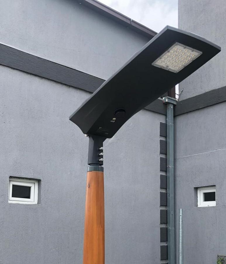 all-in-one-solar-street-light.jpg