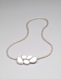 Neckpiece w woven chain