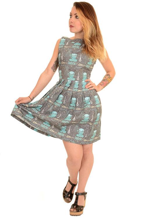 Run & Fly Mannequin Fabric Tea Dress