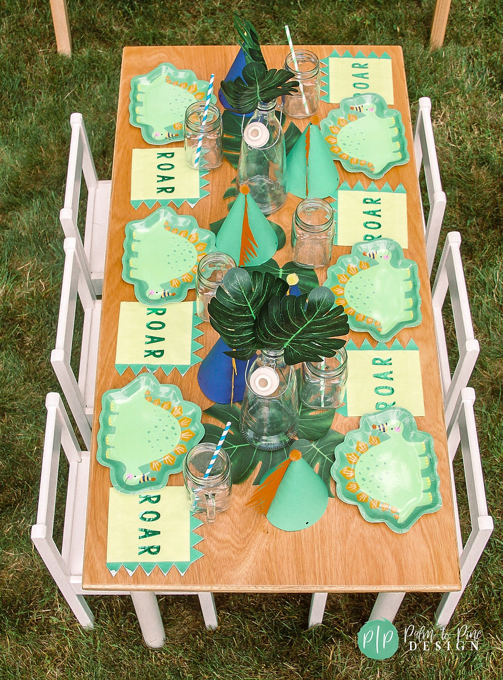 dinosaur party table top, dino table settings, dinosaur birthday plates