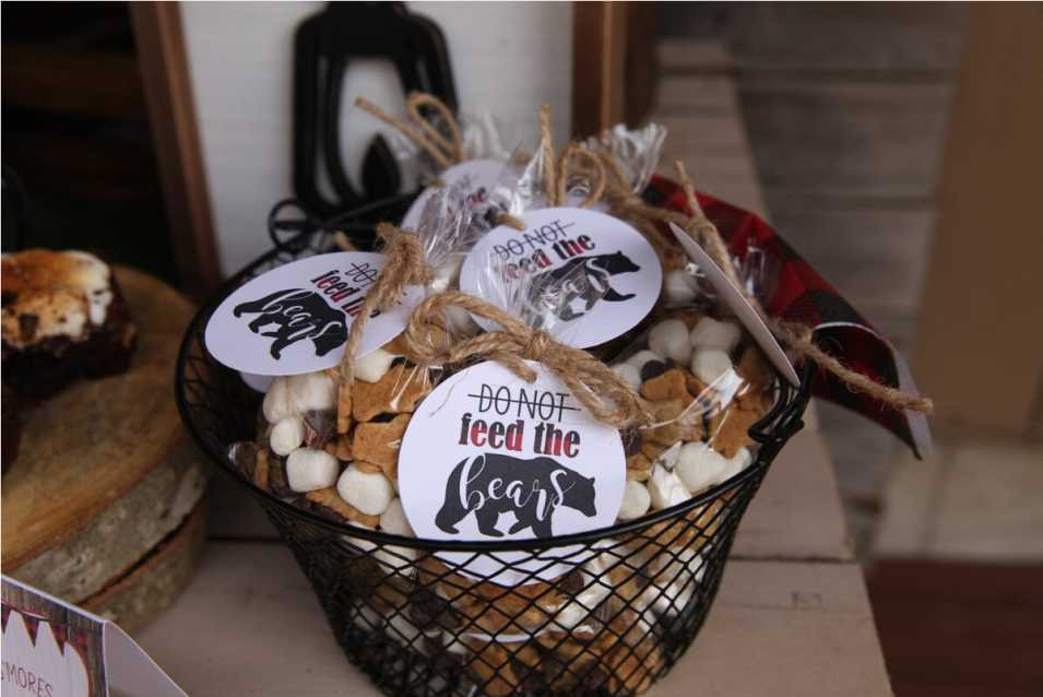 Do Not Feed The Bears Trail Mix, Lumberjack Camping Party Favors