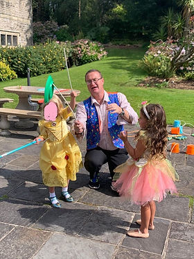 Birthday Party Fun, Plate Spinning With carl John The Magic Man.