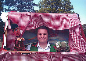 punch-and-judy.jpg Puppets shows and puppet parties in Cardiff audience participation  I travel all over South Wales, which includes Chepstow, Newport, Cardiff, vale of Glamorgan  roaring with laughter at the puppet show