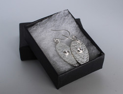 Textured drop earrings with stone setting