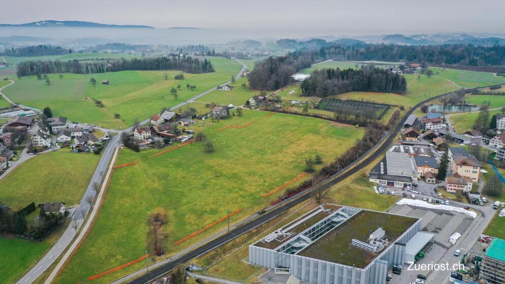 Luftbild Markierung mit Zaun