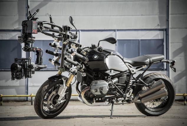 BMW | Black Arm | Mövi Rig