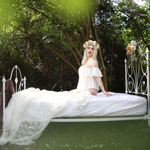 Outdoor Boudoirs | BlackBird Creative