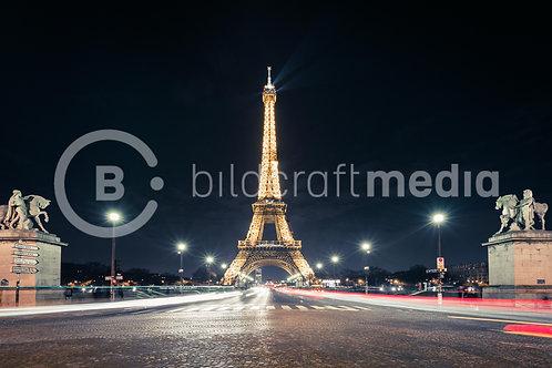 Eiffelturm by Night (#2438)