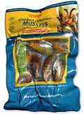 vacuum packed pouch of gourmet cooked greenshell mussels 500g