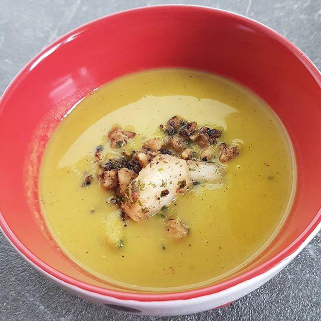 Suppe mit Pastinaken