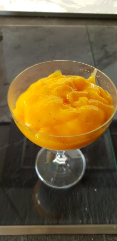 Mango Joghurt Sahne Creme