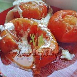Tomaten-Eierbecher mit Setzei