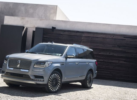 2018 Lincoln Navigator Sports Plush Interior, Aluminum Body