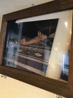 なんちゃらアイドルマミさんのお写真も飾らせていただいております。