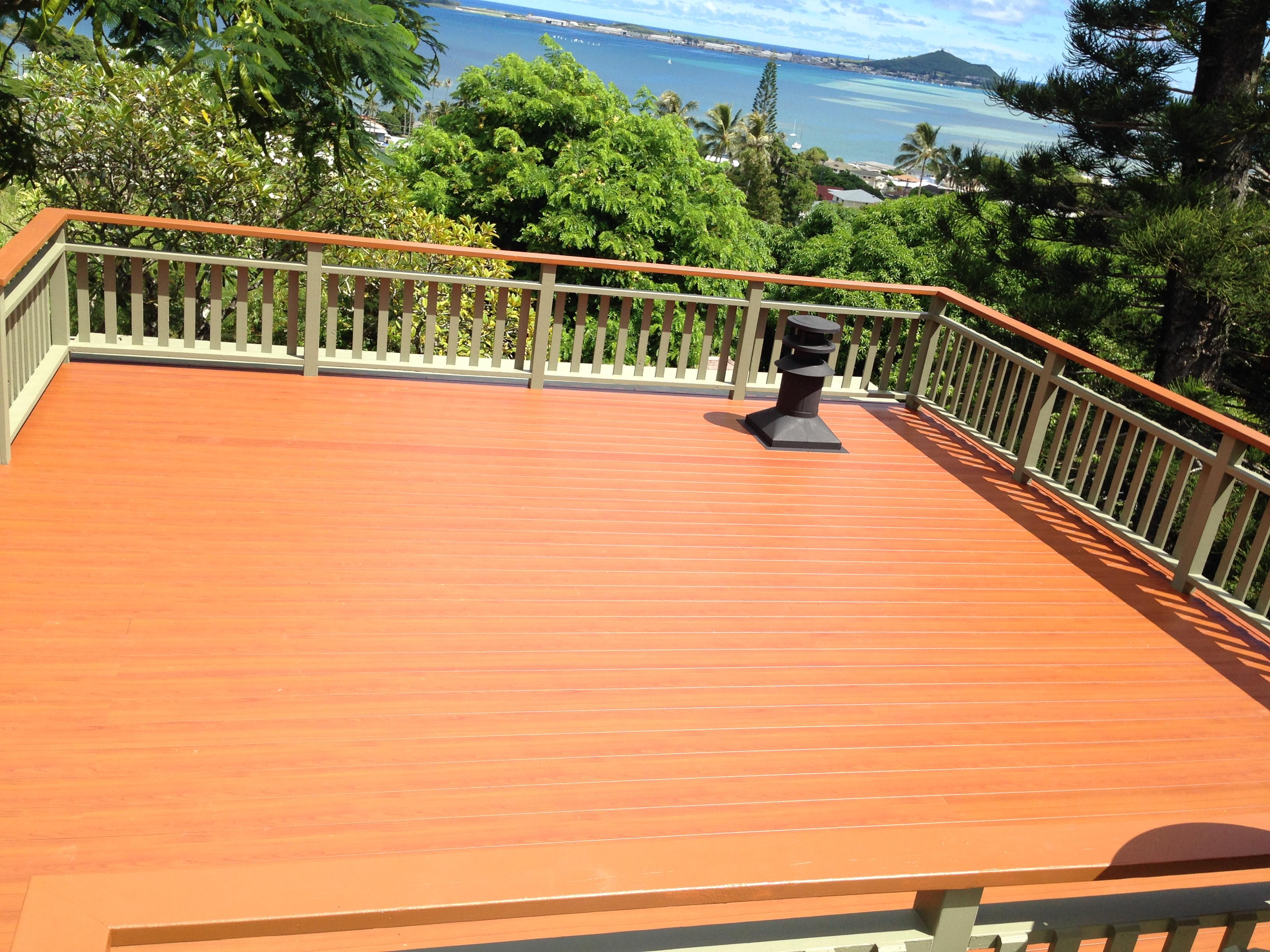 deck w.railing